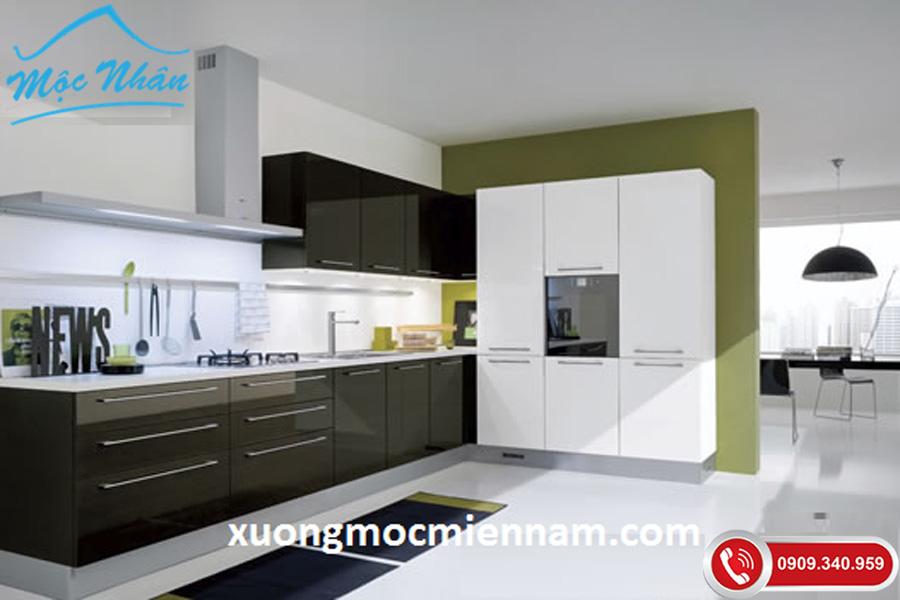 Tủ bếp đen trắng